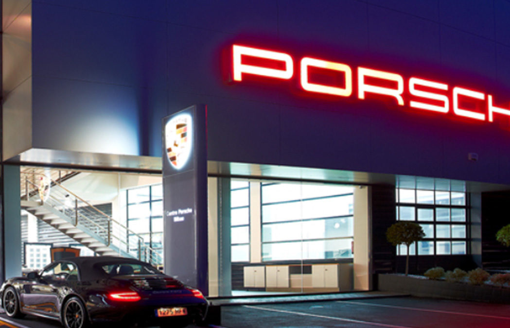 Hanstein SA, propietaria de los Centros Porsche de Pamplona y Vitoria, compra el Centro Porsche Bilbao y amplía su zona.